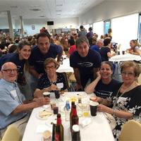 Vedat Mediterráneo colabora en la merienda solidaria de Amics de la Gent Major