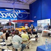 Vedat Mediterráneo Vila-real presenta el nuevo Ford Focus para una parte de sus clientes de venta al mayor de recambios